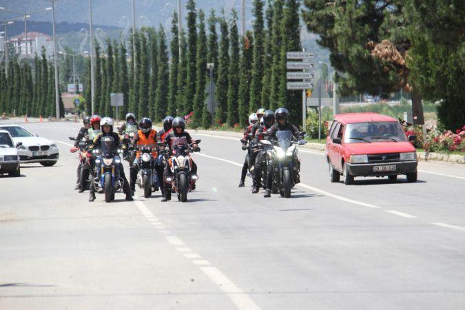 Motosiklet sevdalılarından jandarma teşkilatı için saygı sürüşü etkinliği