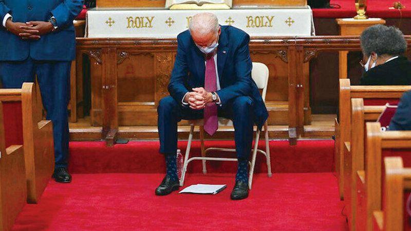 Kilise Biden'ı aforoz etti