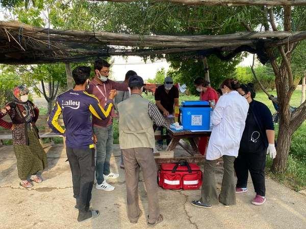Karaman'da tarım işçilerine mobil aşı