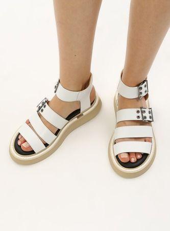 H&K Glow 2021 Deri Sandalet Modelleri Vitrinlerde