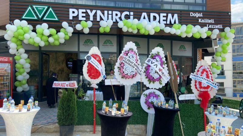 Peynirci Adem ikinci şubesini açtı
