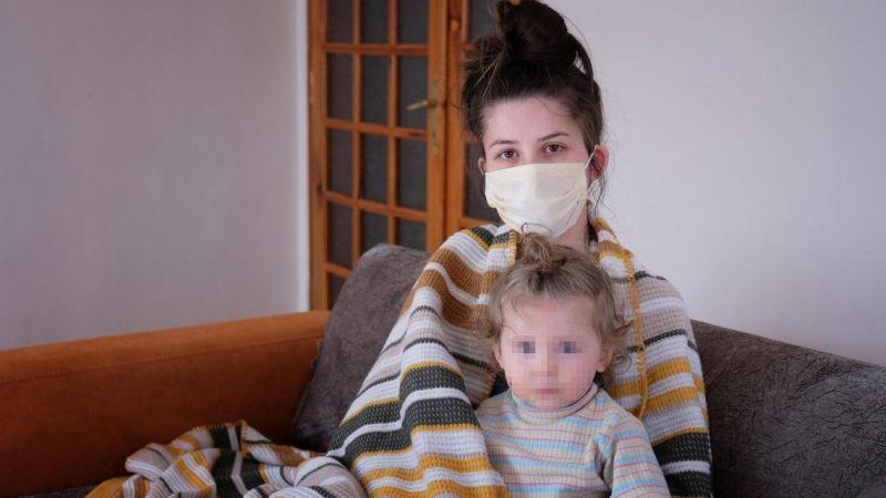 Eşiyle 1,5 yaşındaki kızını kaynar suyla haşlayan sanığa iyi hal indirimli 3 yıl 9 ay hapis