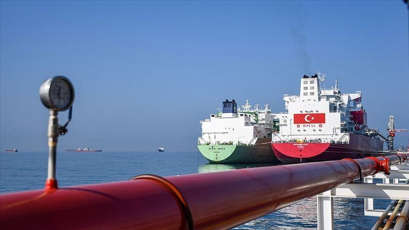 Türkiye'nin ilk FSRU gemisi Ertuğrul Gazi'ye ilk LNG nakli başladı