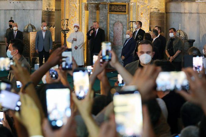 Cumhurbaşkanı Erdoğan KKTC ziyaretinde bir müjde vereceğini açıkladı