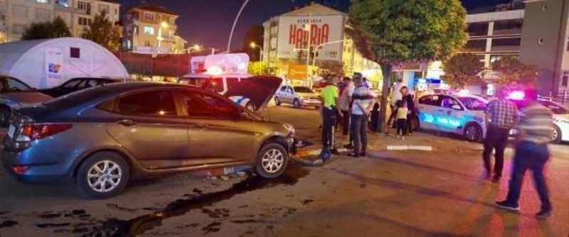 Karaman'da alkollü şahıs 3 araca birden çarptı