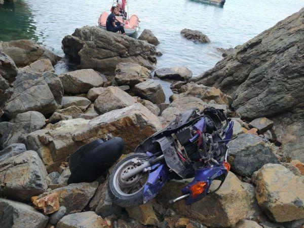 Motosikletiyle uçuruma yuvarlanan sürücü hayatını kaybetti