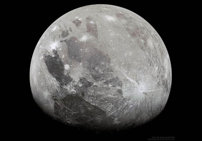 Jüpiter'in en büyük uydusu Ganymede'nin atmosferinde su buharı bulundu