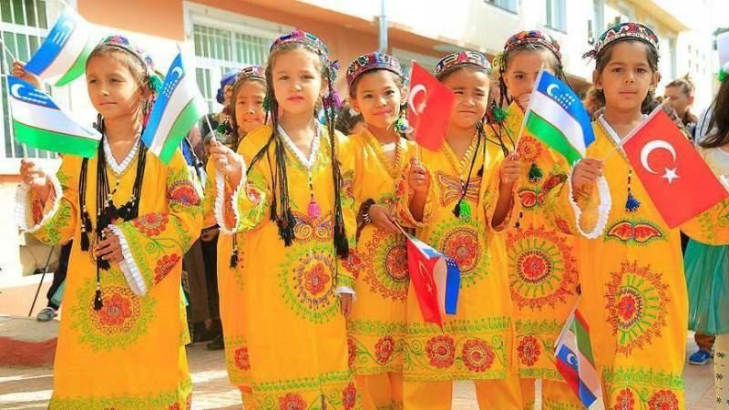 Özbekistan Rusçayı resmi dil statüsünden düşürdü: Türkçe konuşacak!