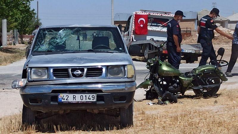 Kamyonetle çarpışan motosiklette baba yaralandı; 1 oğlu öldü, 1 oğlu yaralı
