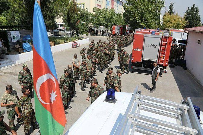Azerbaycan, Türkiye'ye ilave ekipler gönderiyor