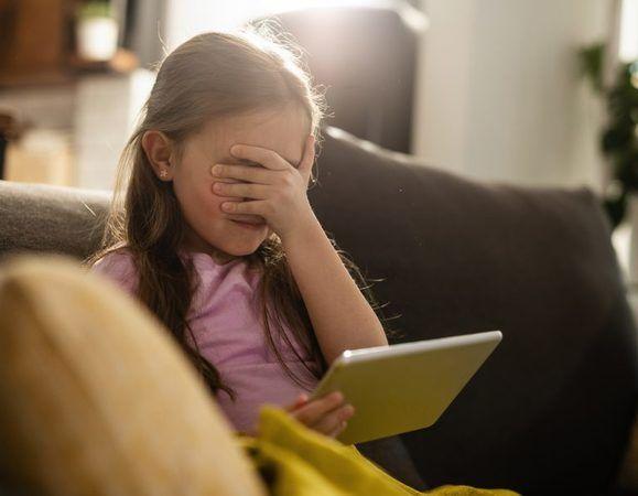 Apple, çocuk istismarına karşı iPhone'daki fotoğrafları kontrol edecek