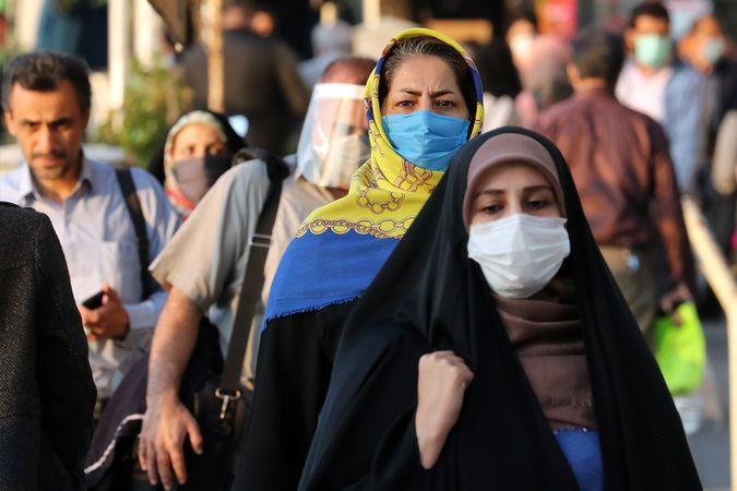 İran'da Covid-19 salgınında rekor vaka ve can kaybı