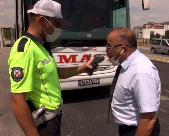 43 ilin geçiş noktası olan 'Kilit Kavşak' ta otobüs denetimleri artırıldı