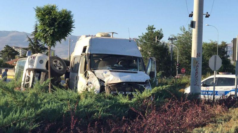 Ereğli-Karaman yolunda kaza: 1 yaralı