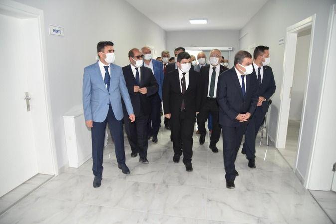 Rektör Namık Ak Kazımkarabekir'de açılış törenlerine katıldı