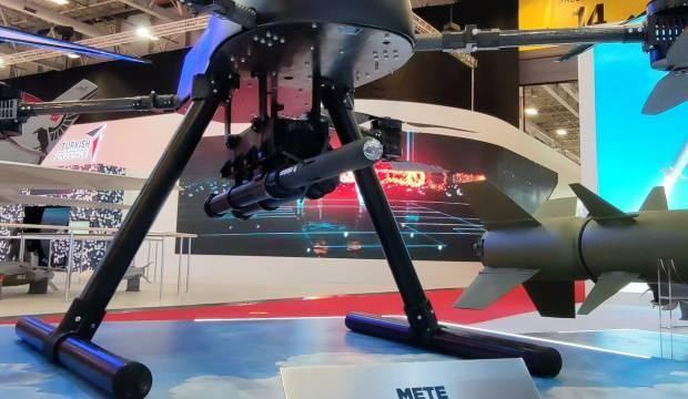 Yeni geliştirilen milli füze sistemine Mete Gazoz'un ismi verildi