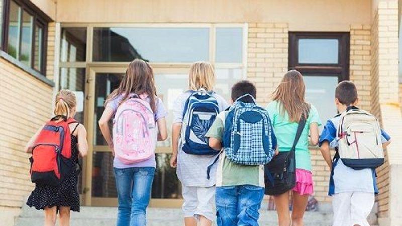 Bir öğrencinin çantası kaç liraya doluyor?