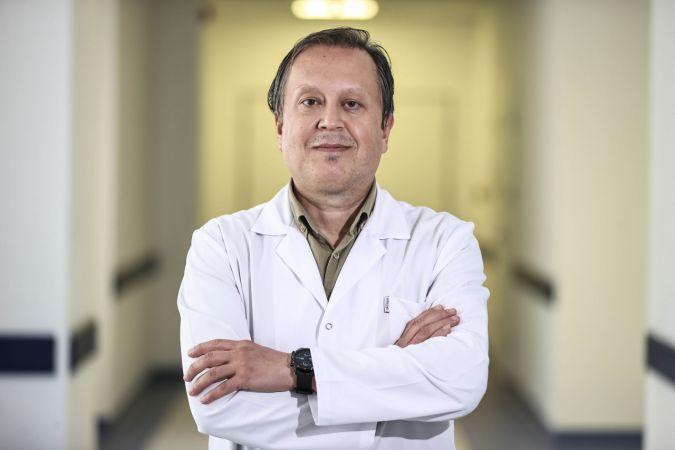 """FDA'nın BioNTech'e verdiği """"tam onay"""" aşının tartışmasız kullanılabileceğini teyit etti"""