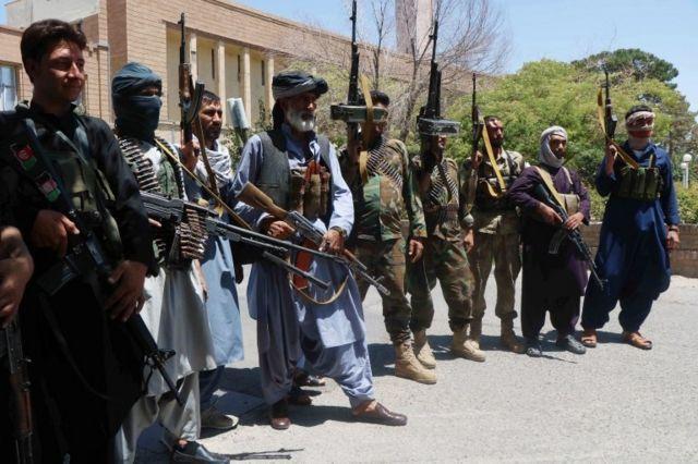 Taliban, tahliyelerin 31 Ağustos'a kadar tamamlanmasını istedi