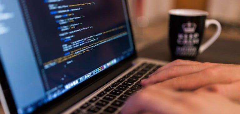 Yazılım Programlama Bölümü Hangi Üniversitede İyidir?