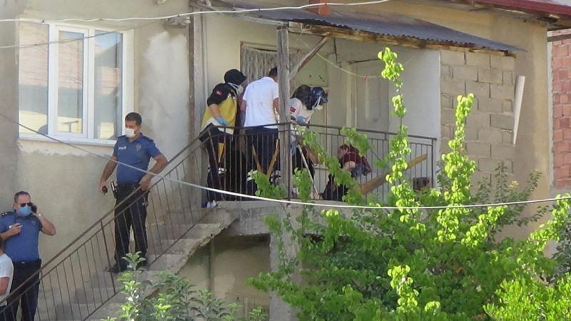 Karaman'da silahlı çatışma! Balkonda uyuyan yaşlı kadın vuruldu