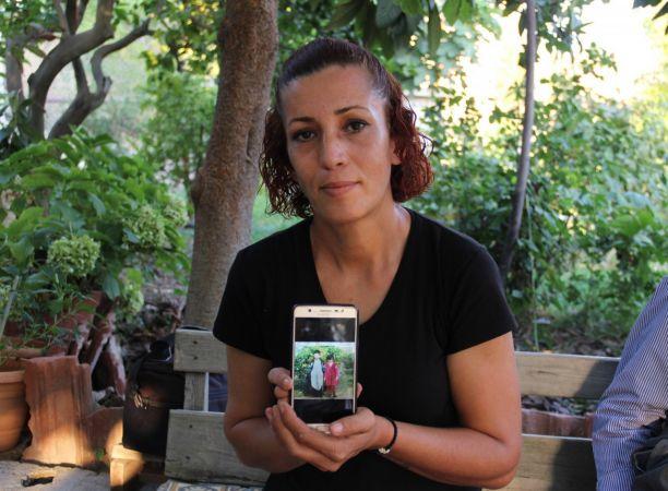 31 yıl önce evlatlık verilen genç kadın, biyolojik ailesini arıyor
