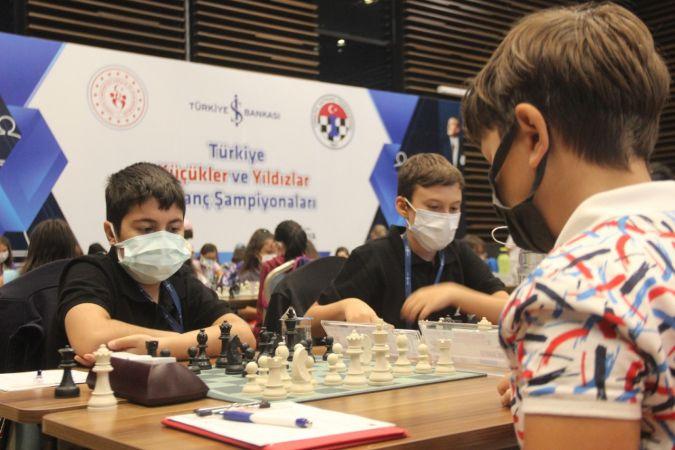 Türkiye Küçükler ve Yıldızlar Satranç Şampiyonası Konya'da yapıldı