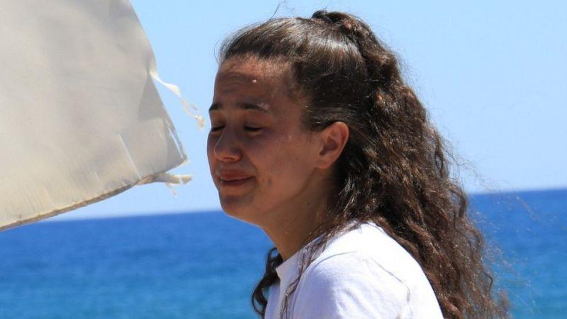 Hırsız, genç kızı ağlattı