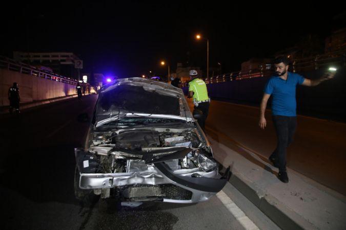 Adana'da hafif ticari aracın çarptığı iki kız kardeş yaşamını yitirdi