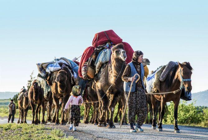 Sarıkeçili Yörüklerinin göçü, fotoğraf sanatçısına 2 ödül getirdi