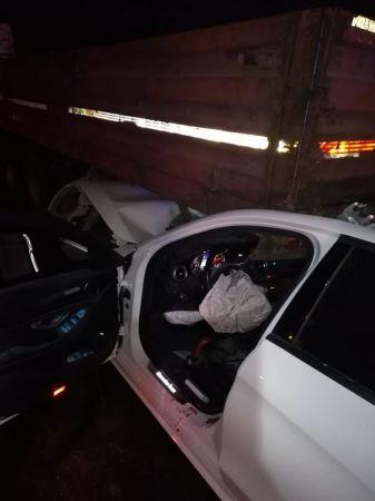 Kahramanmaraş'ta tıra çarpan otomobildeki 3 kişi öldü
