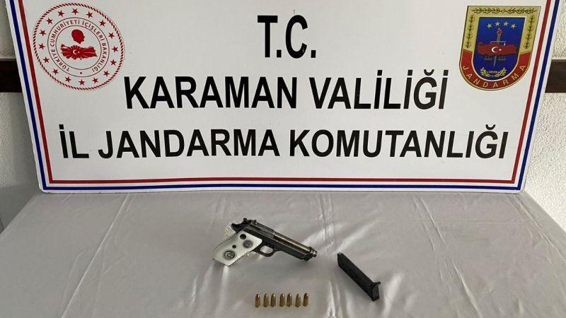 Karaman'da ruhsatsız tabanca taşıyan şahıs jandarmaya yakalandı