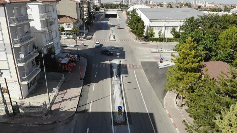 Karaman'da kavşak düzenlemeleri devam ediyor