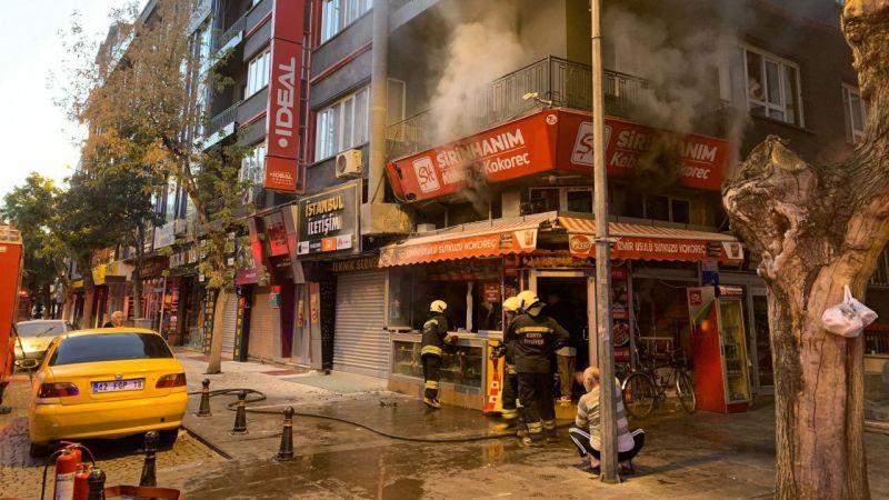 Konya'da, kokoreççi dükkanında yangın