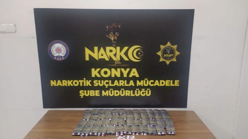 Üzerinden 2 bin 703 adet uyuşturucu hap çıktı