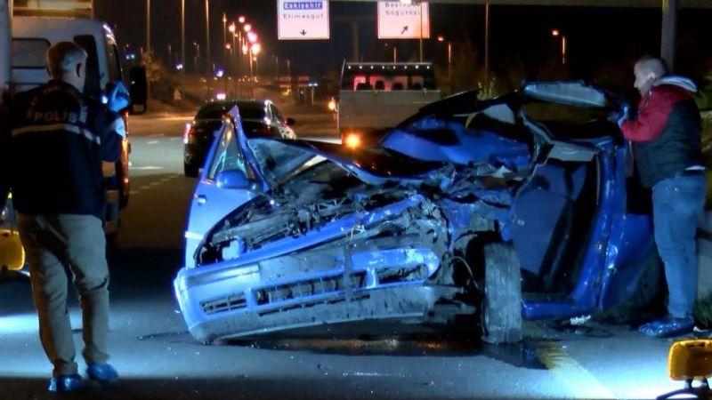 Otomobil, belediye işçilerine ve kamyonetine çarptı: 1 ölü, 3 yaralı