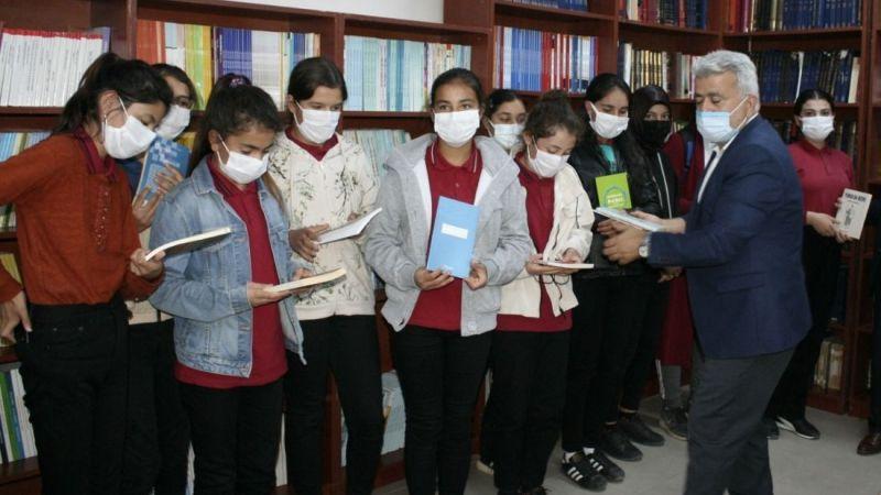 Karaman'da Tahsin Ünal Kütüphanesi Açıldı