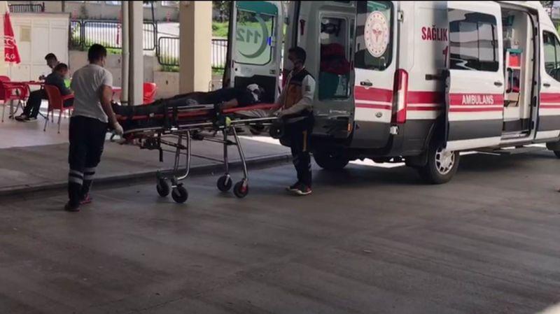 Karaman'da elma işçilerini taşıyan minibüs devrildi: 1 ölü, 20 yaralı