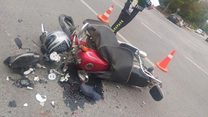 Konya'da motosiklet otomobille çarpıştı: 1 yaralı