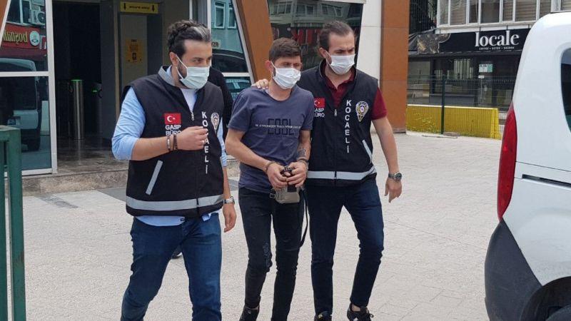 Kocaeli Son Dakika Haberleri... Tek Başına 1 Bıçakla 7 Kişiyi Birden Rehin Aldı! Polisten Nefes Kesen Operasyon
