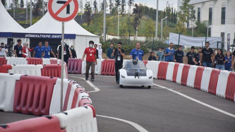 Robotaksi Binek Otonom Araç Yarışması Kocaeli'de Yapıldı! Sürücüsüz Araçlar Pisti Ağlattı...