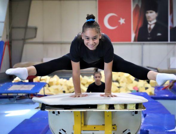 Mutlu Şehir Kocaeli Sporcu Gençler Yetiştiriyor: Z Kuşağı Zımba Gibi Geliyor...