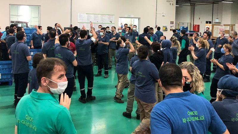 Mitsuba Otomotiv Fabrikası'nda Direniş: Haklarını Alana Kadar Fabrikayı Terk Etmeyecekler