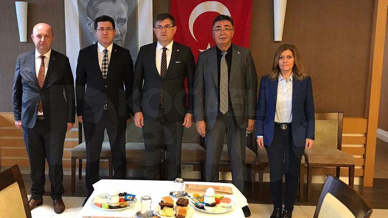 """Kocaeli Muhalefeti Ayağa Kalktı Ve Aynı Masada Buluştu: Türkiye'de İktidar Değişecek, """"AK Parti Gidiyor…"""""""