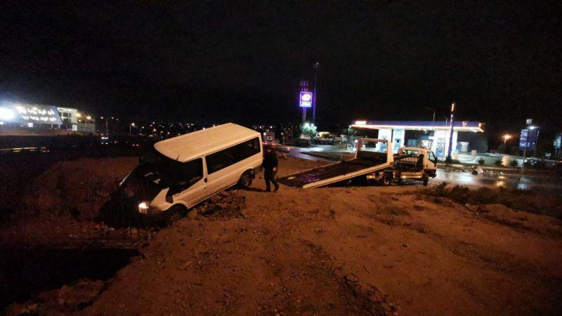 Kaza Yapan Alkollü Sürücü Ölümden Döndü: Ehliyeti Kaptırdı!