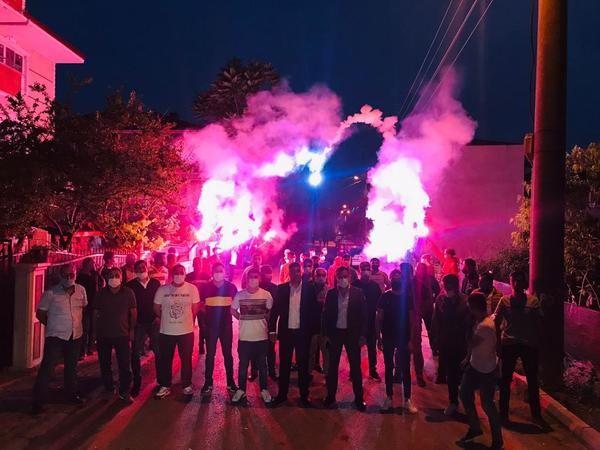AK Parti Alikahya'da mahalle sorunları görüşüldü