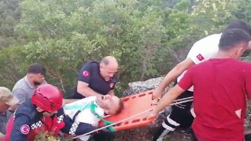 Küçük çocuk kontak anahtarını çıkarınca otomobil uçuruma yuvarlandı: 3 yaralı