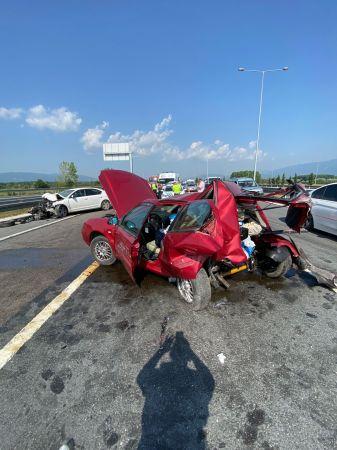 Kuzey Marmara Otoyolu'nda iki araç çarpıştı: 1 ağır, 4 yara