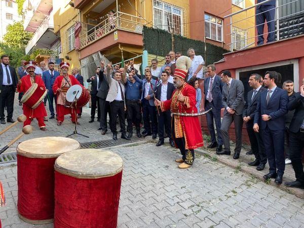 MHP Dilovası İlçe Başkanı Ali Demiray göreve başladı