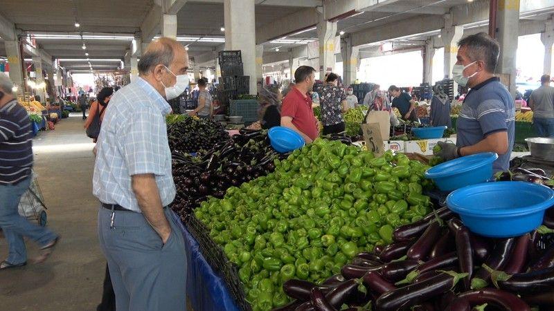Düşen sebze ve meyve fiyatları pazarlara olan ilgiyi arttırdı